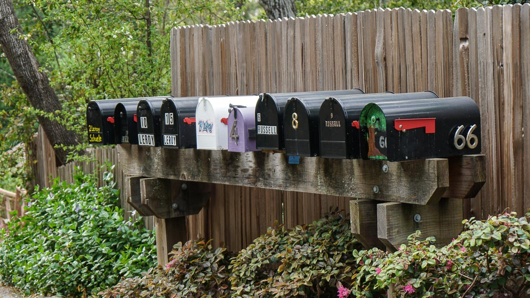 Mail boxes-00286