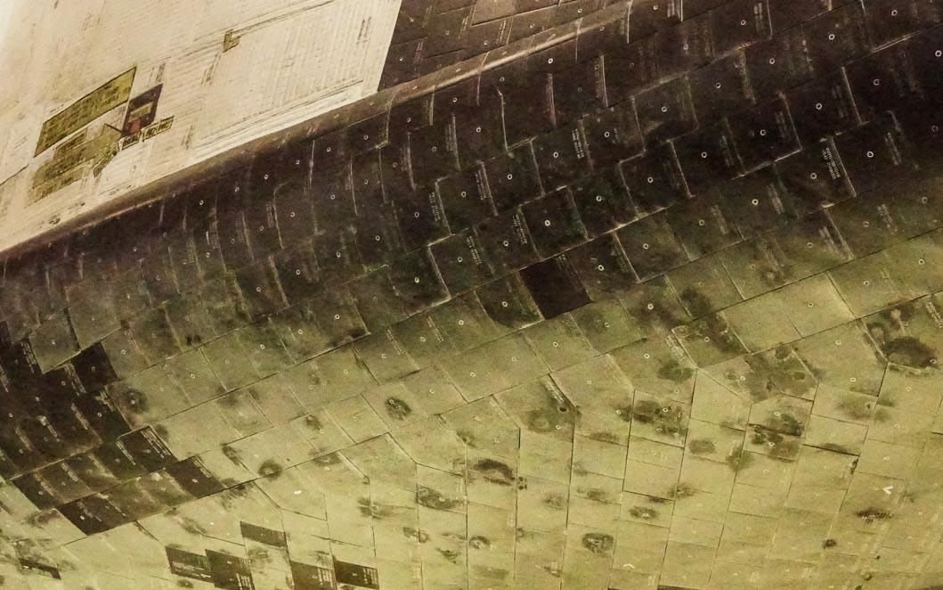 Shuttle tiles-00441